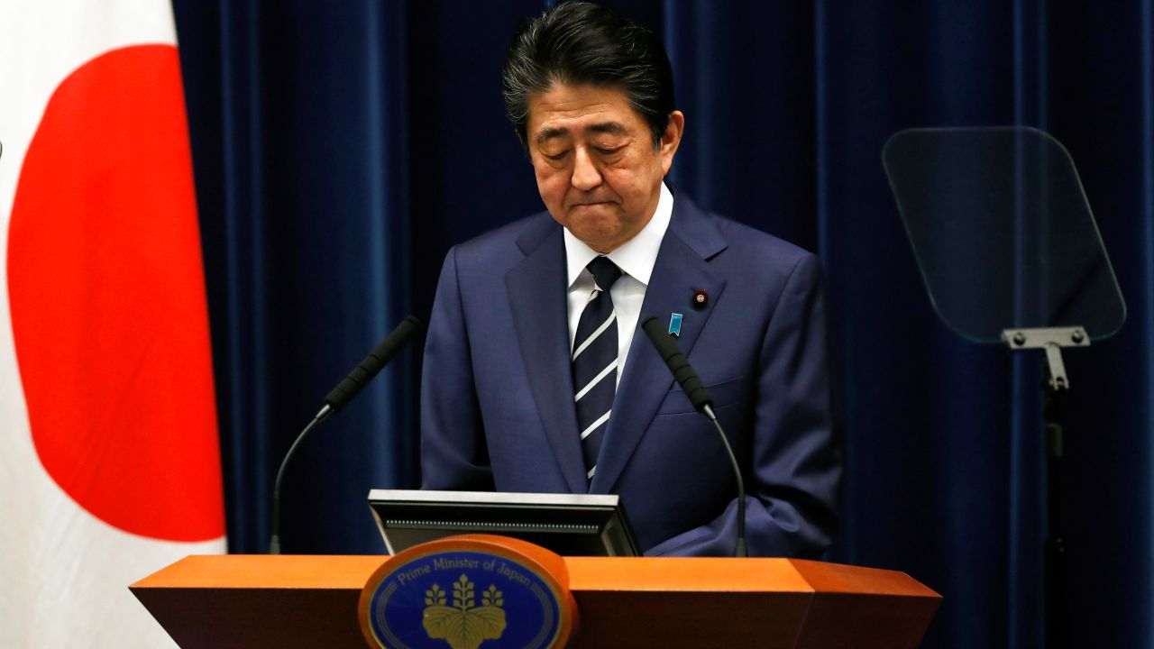 Japan's Prime Minister Shinzo Abe attends a news conference on coronavirus at his official residence in Tokyo, Japan February 29, 2020. REUTERS/Issei Kato (Japan)