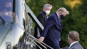 米大統領夫妻、新型コロナ検査で陽性 軍医療センターに入院(写真:AP/アフロ)