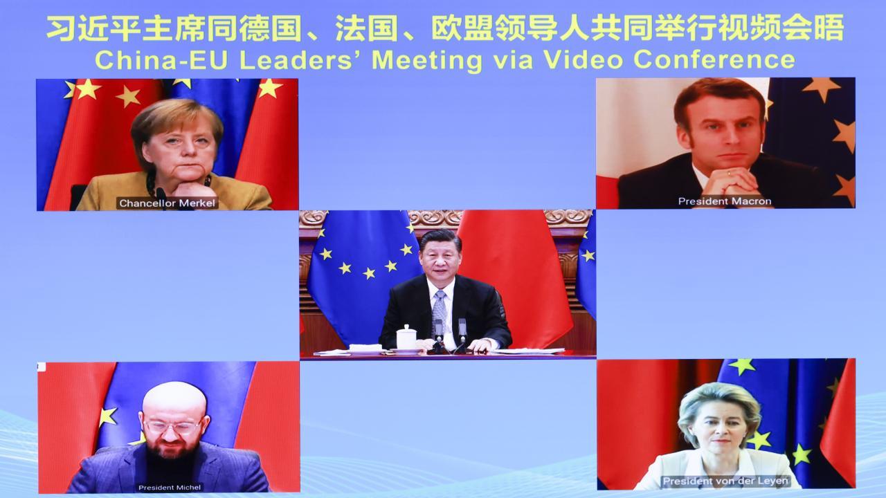 中国・EU首脳 投資協定めぐり大筋合意(写真:新華社/アフロ)