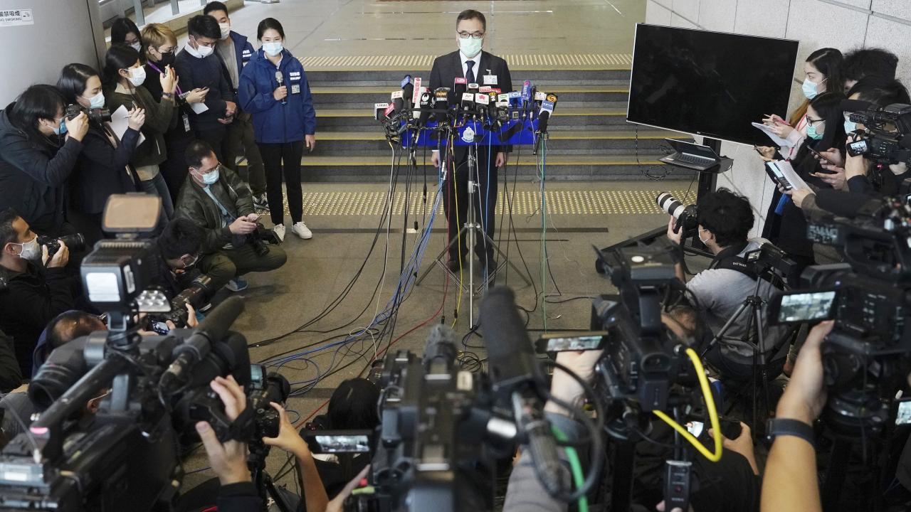 香港警察、民主派50人以上逮捕(写真:AP/アフロ)