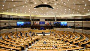 欧州議会 本会議(写真:ロイター/アフロ)
