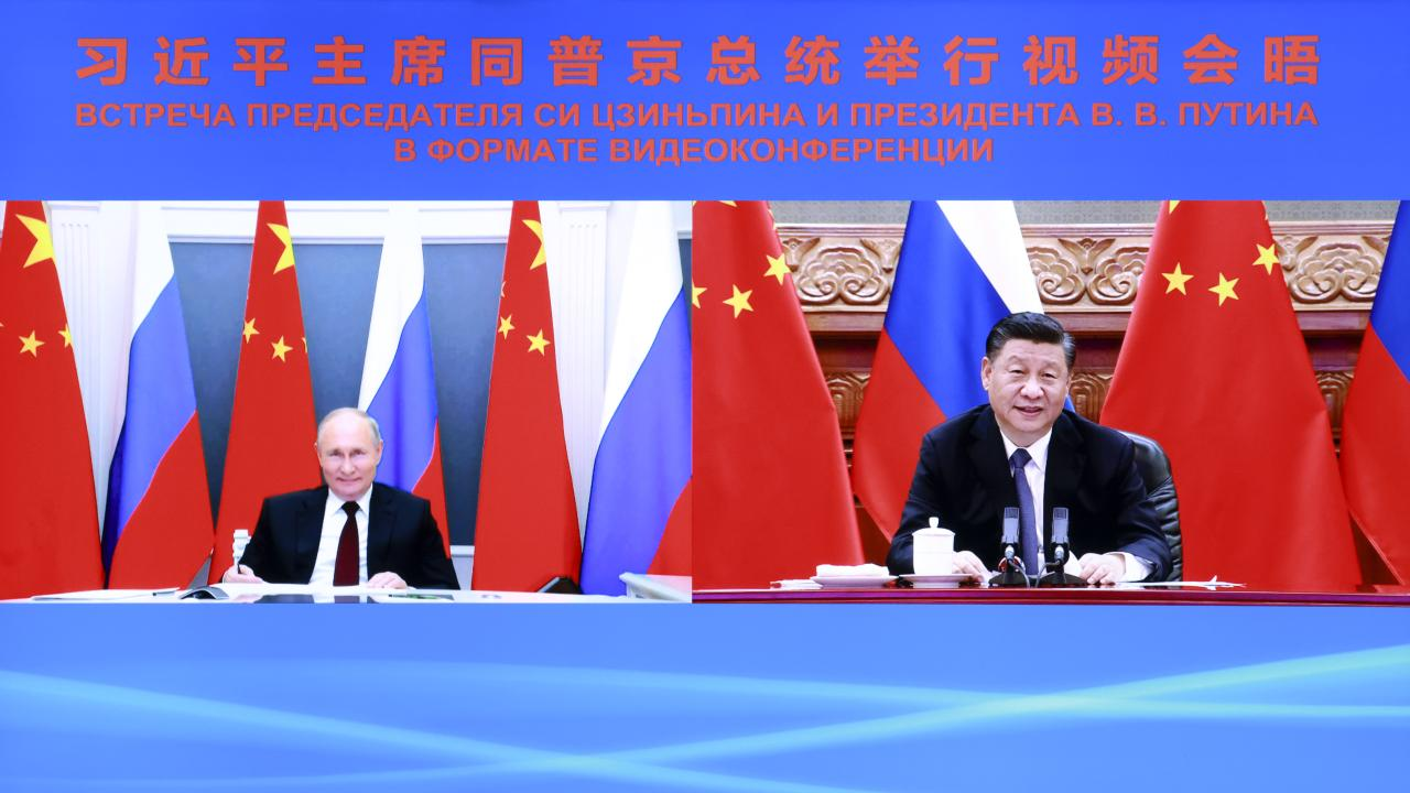 Chinese President Xi Jinping holds talks with Russian President Vladimir Putin via video link in Beijing, capital of China, June 28, 2021. (Photo provided by 新華社/アフロ)