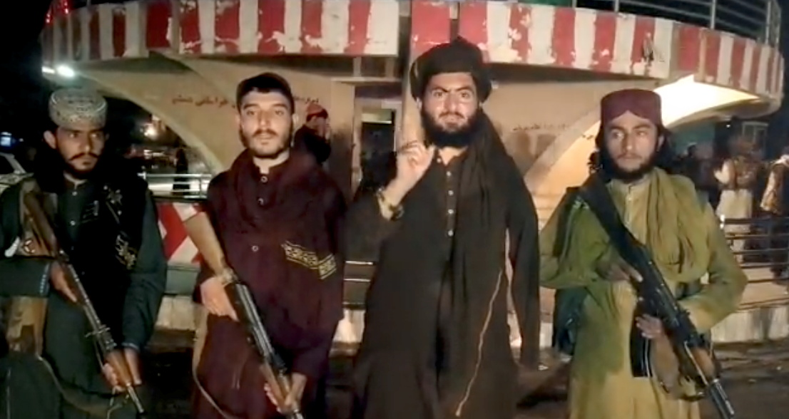 アフガン各地でタリバンが攻勢(提供:Taliban/ロイター/アフロ)