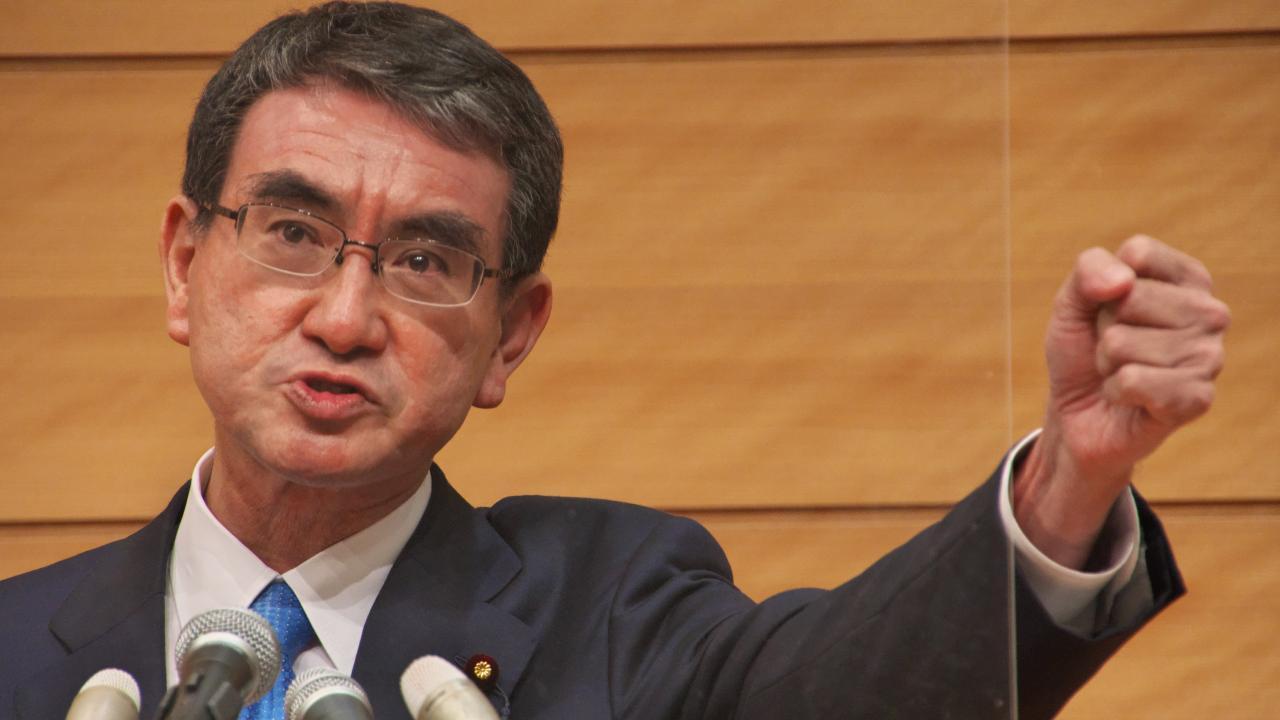 2021自民党総裁選に出馬表明した河野太郎氏(写真:アフロ)