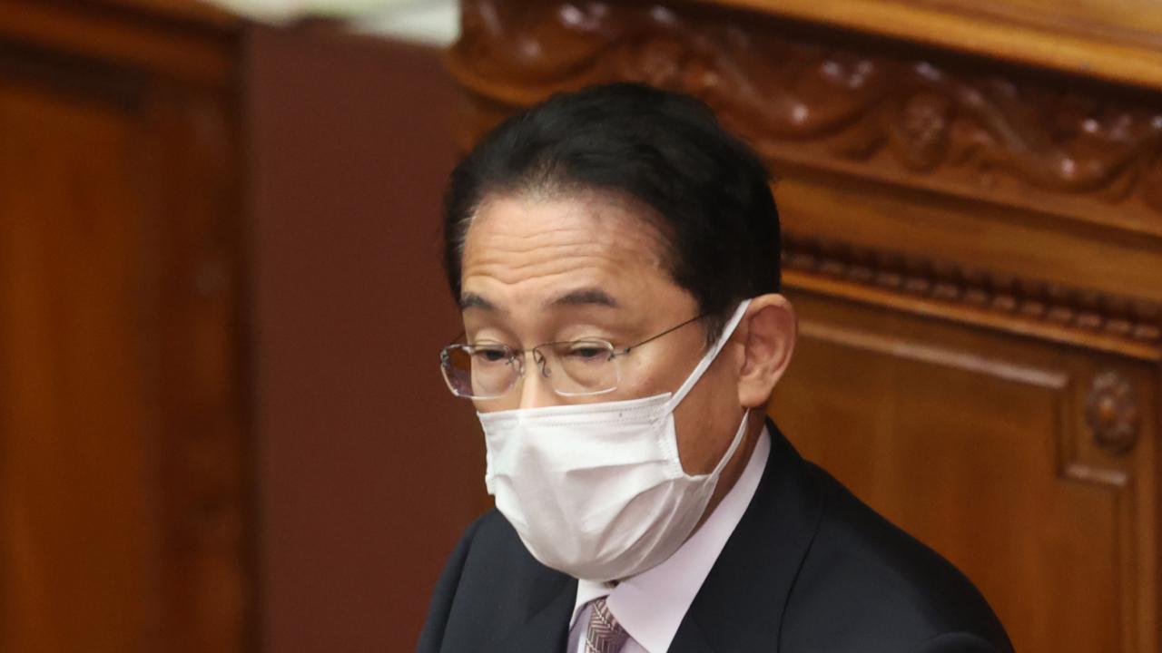 国会衆院代表質問に答える岸田首相(写真:つのだよしお/アフロ)